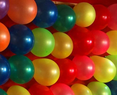 Jahrmarkt Ballonschießen